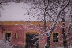 Pinceséta a havas Kesztölcön